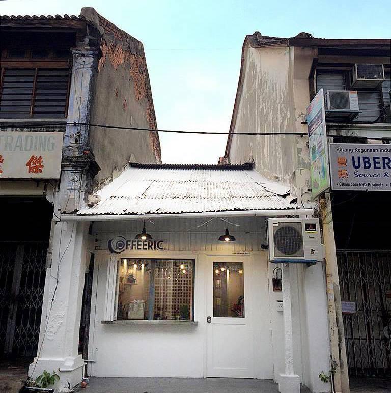 Stay-SongSong-beach-street-shophouse-2
